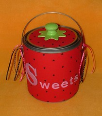 Strawberry Goodie Pail (close) (yifatiii) Tags: hot altered scrapbook scrapbooking paper leaf bucket strawberry ribbons gun sweet swap alter stampendous pail embossing cardstock chipboard chipboards