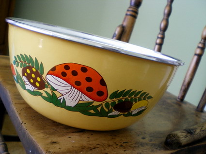 Mushroom nesting bowls