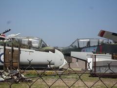 Aircraft scrapper - OV-10 Bronco (fwd fuselage) (rob-the-org) Tags: bronco scrapyard 500 250 ffz mesaaz ov10 falconfield kffz