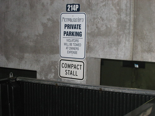 Metropolitan Lofts Private Parking Sign