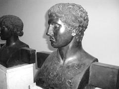 PA290430 (SereNA_C82) Tags: bn napoli pompei ercolano busto bronzo doriforo museoarcheologiconazionale