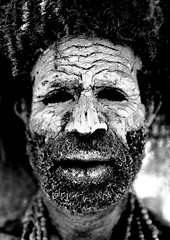 "Chimbu ""dead man"" Papua New Guinea (Eric Lafforgue) Tags: bw face closeup mud culture tribal mount hasselblad papou tribes png tribe papuanewguinea papua ethnic hagen papu chimbu oceania boue narko eglu  h3d papus oceanie ethnique papous papuaneuguinea lafforgue 123bw papuanuovaguinea  monochromia ethnie ericlafforgue papuan papouasie papouasienouvelleguine mthagen mounthagen mounthagenshow papouasienouvelleguinee papuans nuevaguinea papoeanieuwguinea papusianovaguin mthagenshow ericlafforguecom wwwericlafforguecom   papuanewguineapicture papuanewguineapictures paouasienouvelleguinephoto papouasienouvelleguineephotos papuanewguineanpeople mthagenfestival mounthagenfestival maquillagemounthagen maquillagemthagen makeupmthagen papanuevaguinea augustfestival     paapuauusguinea  papuanovaguin papuanovguinea"