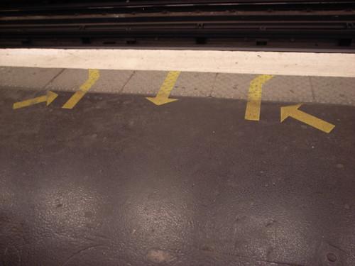 Subways arrows