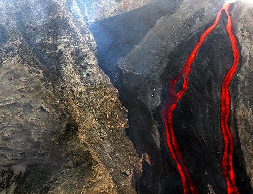 1908545383 b64dd987b9 Danger and Beauty of Hawaiian Volcanoes