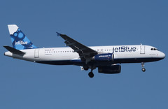 JetBlue, Airbus A320, N568JB, (Blue Sapphire), at JFK, New York, USA. 2010 (Tom Turner - SeaTeamImages / AirTeamImages) Tags: city nyc blue usa newyork plane airplane fly airport unitedstates aircraft aviation wheels transport flight jet twin gear spot jfk passengers landing queens international final engines transportation airline airbus jetblue pax passenger airways approach airlines bigapple kennedy carrier spotting airliner jetplane johnfkennedy a320 portauthority fuselage airbusa320 tomturner bluesapphire n568jb