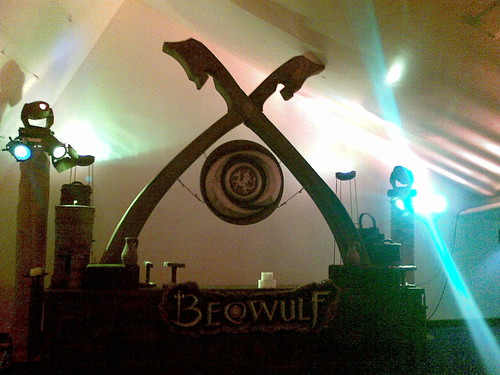 Beowulf arch