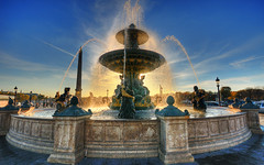 The golden fountain of Place de la Concorde HDR (David Giral | davidgiralphoto.com) Tags: light david paris france fountain golden afternoon place sigma sunny concorde 1020mm 1020 fontaine hdr giral 7xp tthdr