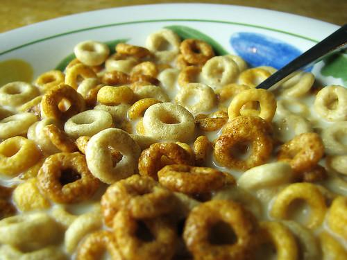 Cheerios closeup