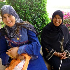 friendly Aswan ladies on a day trip to Kitchener's island (Ginas Pics) Tags: people woman man hot girl women desert awesome egypt hijab ethnography photoshooting hadith travelphotography ginaspics muslimwomen smilingwomen muslima  laughingwomen egyptpics allaboutegypt schahada  hadithen