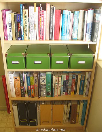 New kitchen bookcase after reorganization (lower)