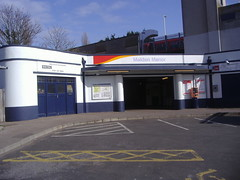 Picture of Malden Manor Station