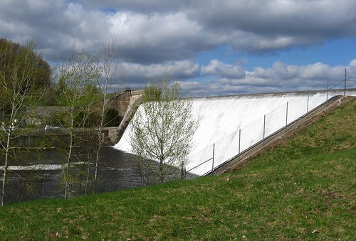 tn_Trenton Dam with clouds