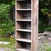 Bibliothèque en bois de grange