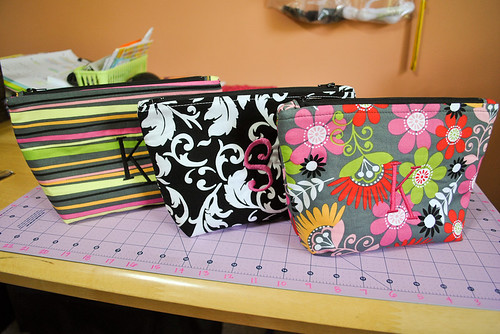2011 06 04 Large Matching Zippered Pouches-2