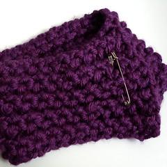 loom knit scarflette