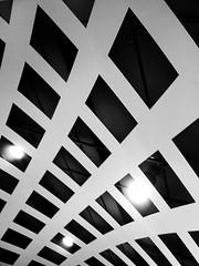 Curved Squares (Amaury Henderick) Tags: lights belgium belgique squares curves belgi antwerp centraalstation antwerpen centralstation anvers lampen lampes garecentrale carrs vierkanten tweeduizend