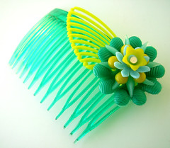 Green and Yellow Vintage Flowers Hair Comb / Barrette