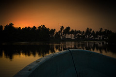 Sunrise Cruise (El Nitro [nitrocorp.org]) Tags: camping beach mexico playa pacifico guerrero nitrocorp hardkohr playamichigan