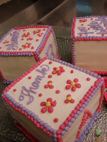 baby shower block cakes 014