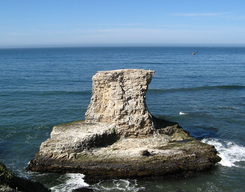 Sea monolith