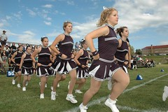 RP Football Cheerleaders Gladiateurs Matane (Romain Pelletier) Tags: football chica cheerleaders teen filles jambes footbal matane gladiators gladiateurs rapariga gaspsie ados gladiatori gladiatores matanie