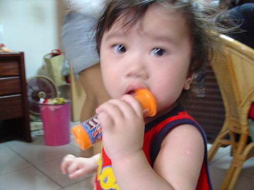 20070422 S娘家洗棒棒糖