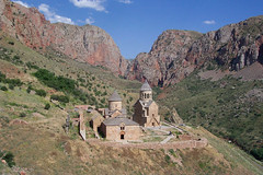 Noravank Monastery , Armenia /  (Alexanyan) Tags: mountain church religious religion christian unesco mount monastery caucasus armenia historical christianity hay orthodox region armenian orthodoxy armenio armenien noravank caucas vank armeno supershot 5photosaday hayastan armenienne vanq armenija armenisch   rmeny apostollic