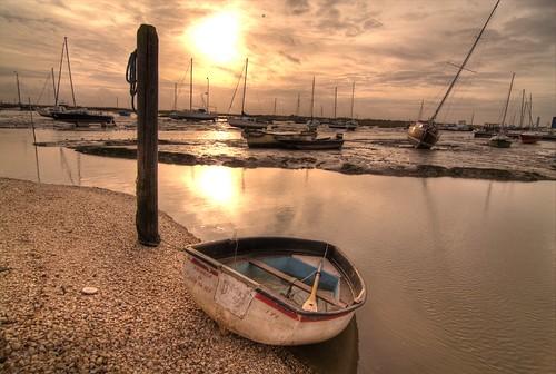 sea water boat seaside fishing leigh essex hdr trawler superhearts photofaceoffwinner