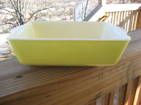 Pyrex Primary Yellow Refrig Dish