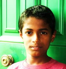 nio,color (soymamen) Tags: people color gente vida srilanka superbmasterpiece espressionidellanima 2010soymamenallrightsreserved