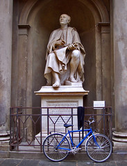 BRUNELLESCHI & BIKE (FireFox2007) Tags: italy architecture florence cathedral cities monuments cupule