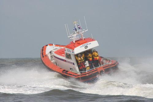 Rescue boat demo in Katwijk aan Zee