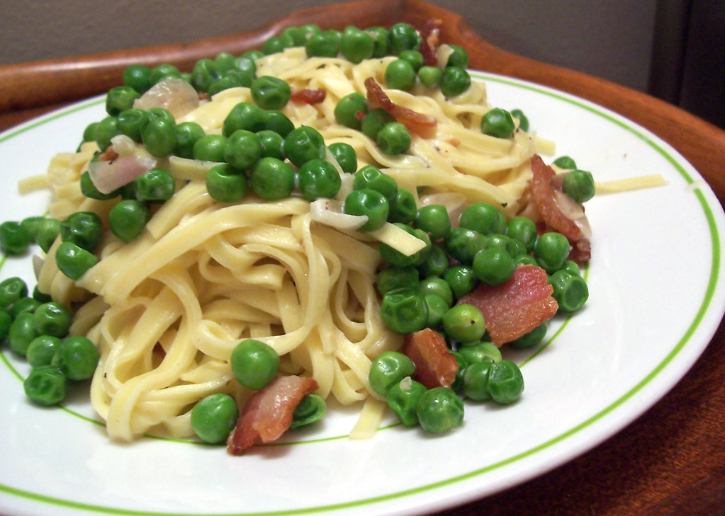 angel-hair pasta with bacon and peas