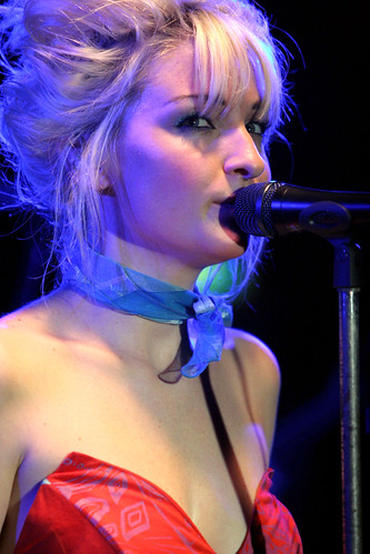 Kate Miller-Heidke @ The Annandale Hotel, Annandale - 9th May, 2008 (by 'ju:femaiz)