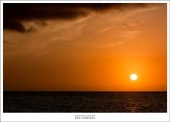 Vacaciones (oye chico) Tags: sol canon atardecer mar cuba playa puestadesol vacaciones cayococo 2011 bluebay canon450d canon18135is cuba2011