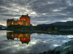 The Castle (Rubinho1) Tags: castle water clouds reflections scotland agua united kingdom escocia nubes eilean donan castillo hdr aigua reflejos castell nuvols reflexes eileandonancastle cy2 mywinners abigfave rubinho1 ltytr2 ltytr1