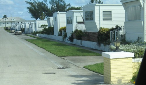 In The 1950s And 60s Floridas Landscape Was Dotted With Mobile Home Parks Sunshine States Answer To Affordable Housing Families Bought Large Plots