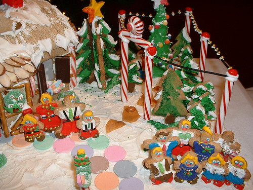Lots of trees and people Gingerbread