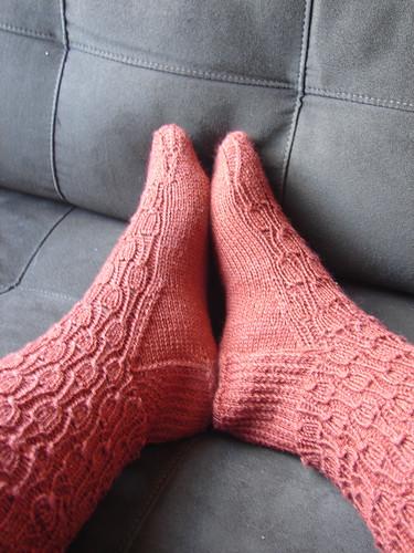 Undulating Ribs Socks