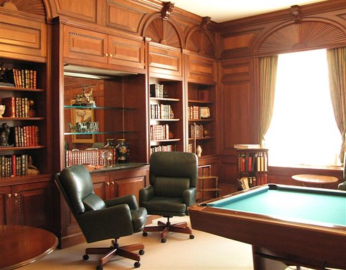 library at Le Mirador Kempinski