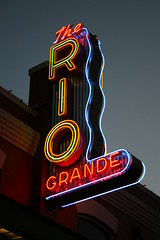 the rio grande neon sign