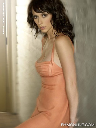 Jennifer Love Hewitt FHM 14 by odonkorblog5