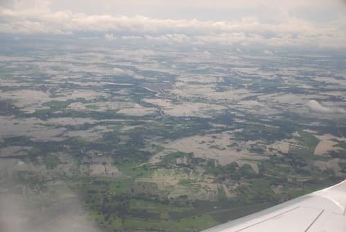 Floods cover the Ecuadorian landscape.