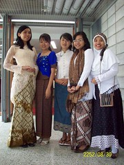 Traditional 5 (bukan_saya) Tags: party campus welcoming