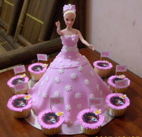 Barbie cake for Kelly