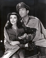 Vivien Leigh and Robert Taylor (Silver Screen Sirens) Tags: beauty vintage uniform antique 1940s actress elegant waterloobridge vivienleigh roberttaylor silverscreensiren