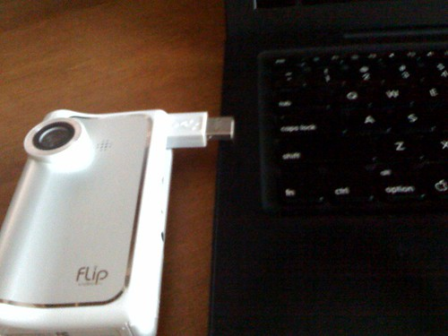 Flip Camcorder MAC vs PC | Silvia Tolisano- Langwitches Blog