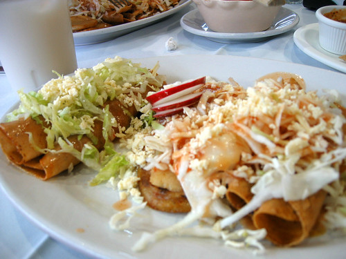Dinner at La Gorda