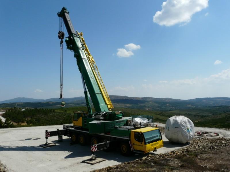 (Portugal) Construction du parc éolien du Sabugal 2969029461_1746a42a52_o.jpg