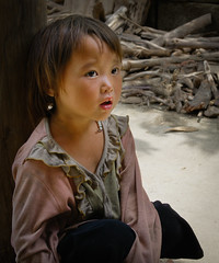 Vietnamese child 2 (EmmanuelTh) Tags: vietnam enfant sapa